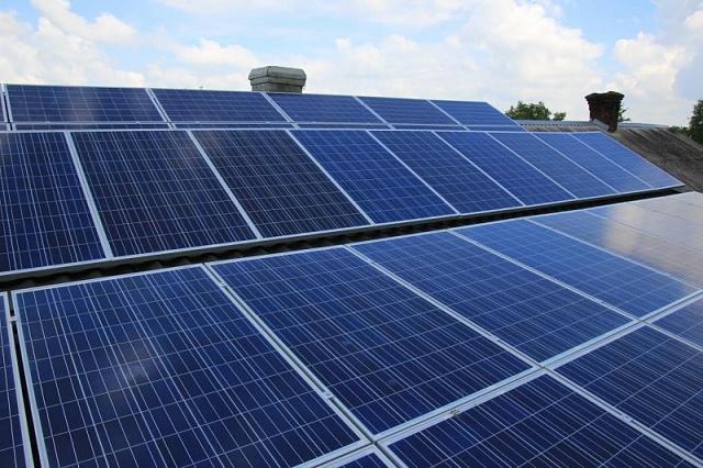 Скільки коштує побудувати сонячну електростанцію на даху вашого будинку?