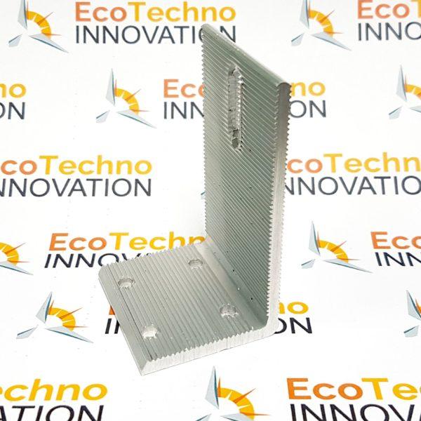 ugolok-aluminii-s-4-otverstiiamy-ecotechno-innovation-solar-station-1