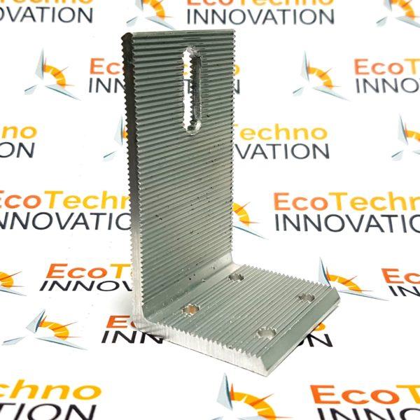 ugolok-aluminii-s-4-otverstiiamy-ecotechno-innovation-solar-station-3