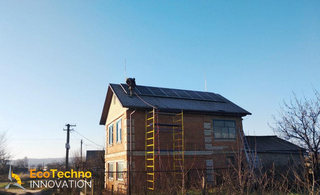eco-techno-innovation-solnechnaya-stantsiia-7-kvt-zaporizhzhia-longi-solar